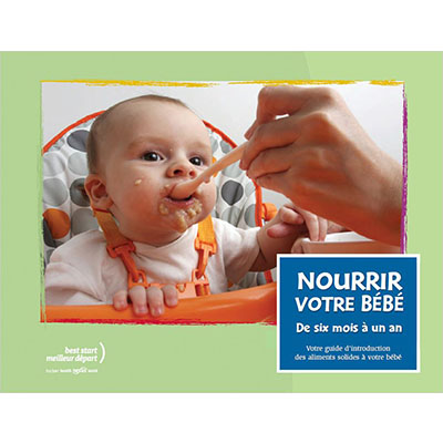 """Couverture du livret """"NOurrir votre bébé"""": bébé nourri à la cuillière"""